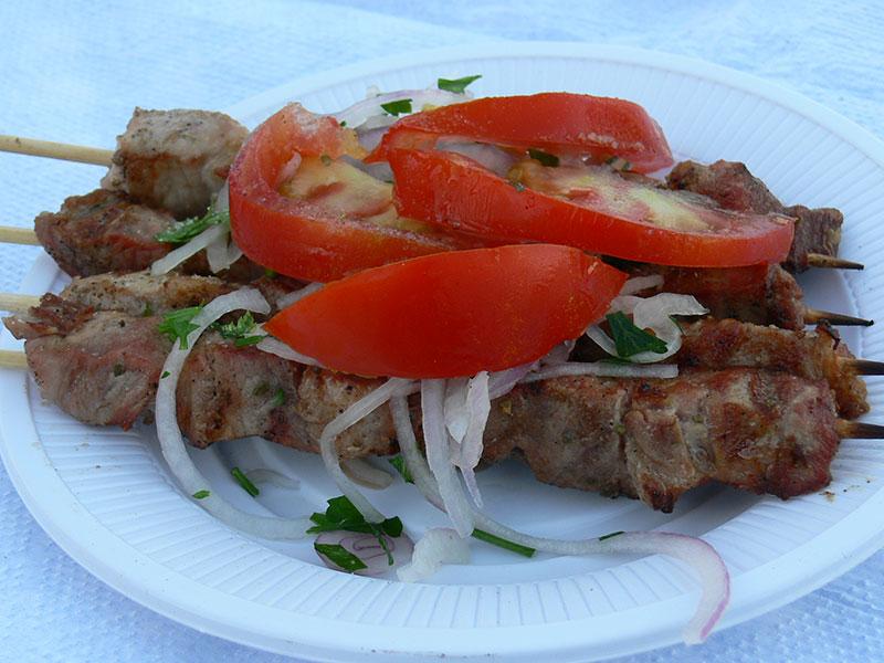 Geniessen Sie die griechische Lebensweise, griechische Küche und Wein